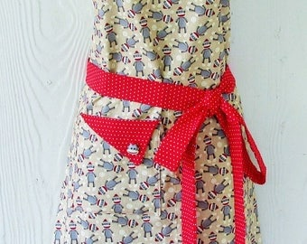 PLUS SIZE Apron, Sock Monkey Apron , Polka Dots , Women's Apron , Retro Full Apron , Sock Monkeys , KitschNStyle