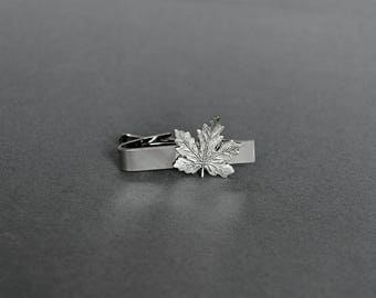 Maple Leaf Tie Clip Maple Leaf Tie Bar Toronto Maple Leafs Hockey Gifts Men's Tie Clip Gifts for Him Men's Gifts
