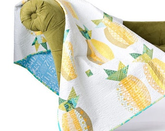 Mod Pineapples quilt pattern - Sew Kind of Wonderful Quick Curve Ruler pattern - QCR, tropical pineapple quilt, modern quilt, curves
