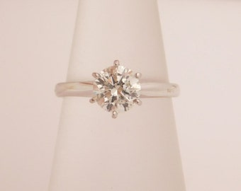Gorgeous 0.99 Carat Solitaire Engagement Ring 14K White Gold VS2