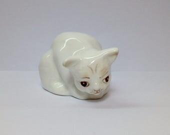 White Cat Figurine, Coalport China Cat, Vintage Bone China Cat, White Ceramic Porcelain Cat, Coalport Bone China Cat, Little White Cat