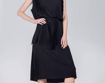 Black woman's dress / Elegant pleated knee dress / Special occasion black dress / Woman's cocktail simple black dress / Fasada 1791