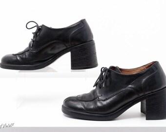 Vintage Oxfords | Chunky heel shoes | Black leather shoes | 90s minimalist lace up shoes | Aldo | Size 5 / Size 35 Womens Shoes