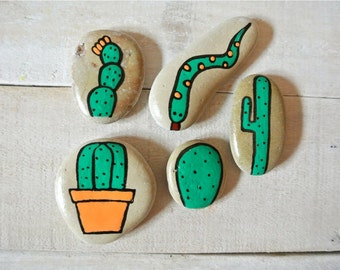 Painted Rocks, Cactus Stones, Hand Painted Stones, Cactus Art, Snake Stone, Painted Snakes, Pebble Art, Pebble Decoration, Succulent Art