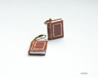 Mini book earrings make literature fashionable dresses