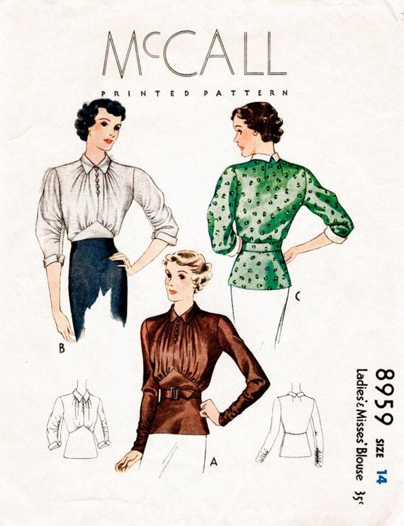ann es 1930 des ann es 30 motif corsage fronc de jeune femme. Black Bedroom Furniture Sets. Home Design Ideas