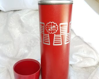Red Icy Hot Thermos Quart, The American Thermos Bottle, Camping Thermos, Vintage Red Quart Thermos, Mid Century Modern Vintage Retro Kitchen