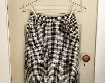 Houndstooth Pencil Skirt with Pockets