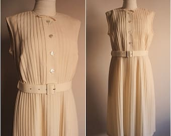 Vintage Dress - 1960s Dress - 1960s Pleated Day Dress - Cotton Dress- Women's Dress -