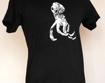 Creepy Strange Thing Tentacle Alien Creature Graphic Tee, Unique Mens Gift, Mens Screen Print Cotton Tshirt