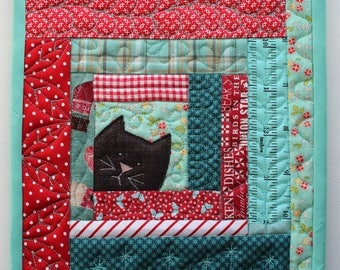 Kitty Potholder ( cat scrappy patchwork log cabin mug-rug trivet quilt pattern )