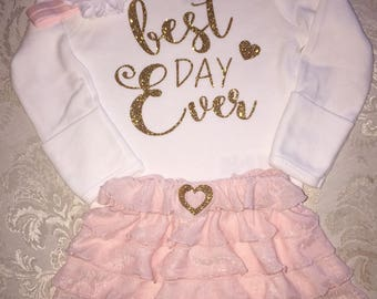 BABY GIRL Coming Home Outfit / Best Day Ever / Bodysuit, Blush Pink Ruffle Skirt, Pink Headband, Gold Glitter, softer than tutu / Photo Prop