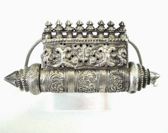 "Antique South Indian Prayer Box, Taweez, Taviz , Karnataka, RARE, Ethnic Tribal, 12.5cm  (4 3/4""), 125.4 Grams, 3mm, 56cm (22"") Snake Chain"