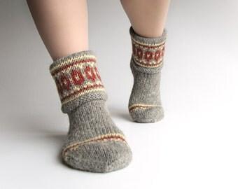 EU Size 40-41 - Patterned Hand Knitted Women's Woolen Socks - 100% Natural Wool