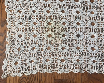 Vintage 20s Hand Crocheted Tablecloth