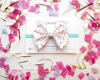 Sprinkle Fabric Bow on Seafoam Glitter Elastic
