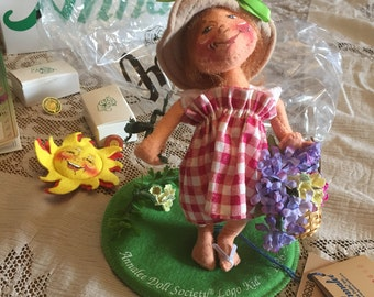 Annalee Little Mae Flowers Logo Kid Doll, with box, Doll Society Pin and Felt Pin