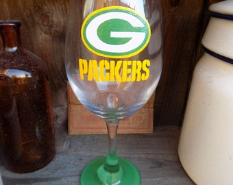 Hand Painted Green Bay Packers Wine Glass