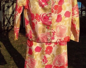 Vintage Spring Colored Flowered Silky Skirt Set