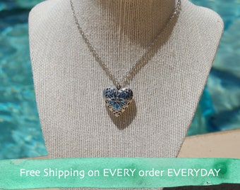 Silver Heart Oil Diffuser Necklace with Free Sample of doTerra Essential Oil