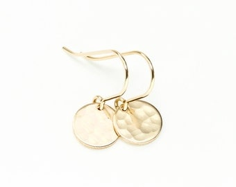 Gold earrings - minimalist earrings - gold disc earrings - delicate gold jewelry - hammered gold circle earrings - dainty earrings - simple