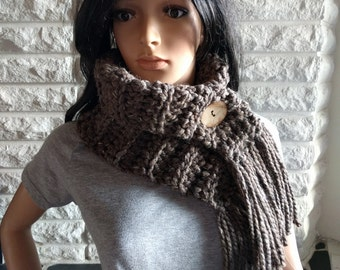 Women's chunky fringe neck scarf, barley neckwarmer, button neck cowl, women's accessories, gifts for her, fall, winter and spring fashion