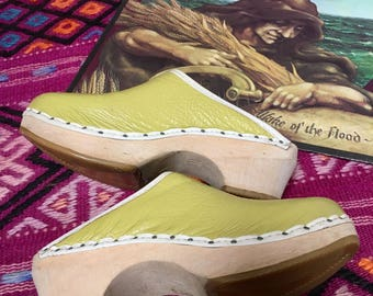 Vintage Childrens Womens Clogs Lime Green leaather with wooden heel Clogs with Heels Womens Clogs Vintage retro european size 32 US size 1