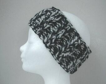 Chunky hand knit ear warmer black (natural) white kids head warmer size 6-11 yrs warm comfortable knit in round no seams boy girl head band