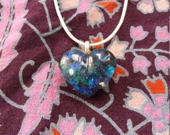 Glitter heart, glitter heart necklace, heart pendant, heart necklace, fantasy jewellry, heart, resin, blue glitter heart