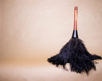 OMU Ostrich Feather Duster