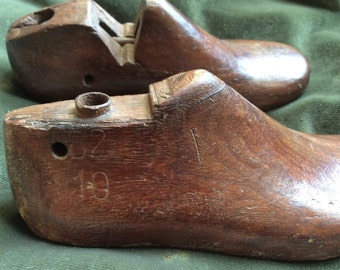 Pair of wooden Vintage Children's Shoe Lasts
