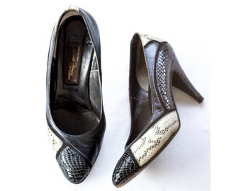 1980s Italian black and cream snakeskin heels SIZE 6 1/2 M