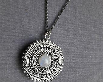Moonstone Necklace, Moonstone Pendant, Rainbow Moonstone Jewelry, Medallion Necklace, Rainbow Moonstone