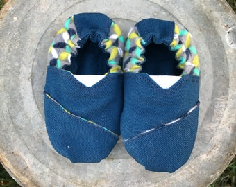 SALE 30% OFF ~ Blue Canvas Baby Shoes {6 months}