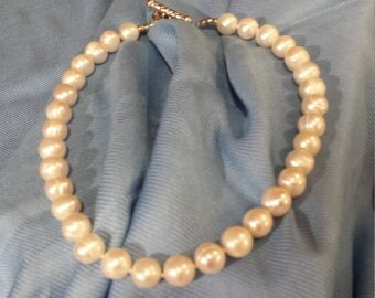 Freshwater pearl one strand 12mm necklace
