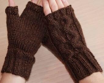 Womens knit fingerless gloves with serpentine design