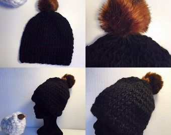 Hat with Pompom wool fake fur