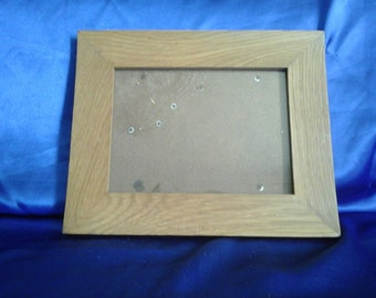 Light Oak Picture Frame with Stand