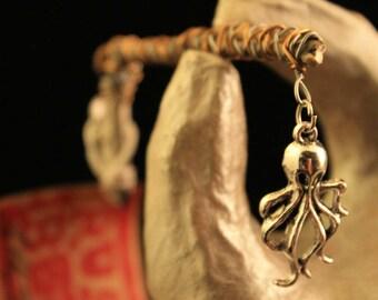 Dread Clip Smoking Clip OOAK Rusty Bones Skeleton Bones Octopus Nautical Ocean Wire Wrap Hair Clip Roach