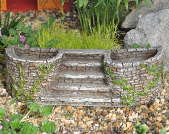 Ivy Planter with Stairway for Miniature Garden, Fairy Garden
