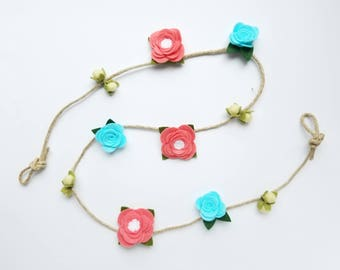 RTS - Rose and Berry Garland