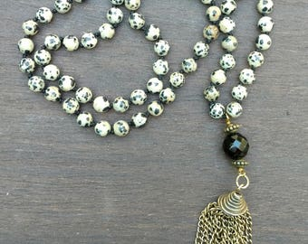 Hand knotted necklace