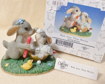 Charming Tails Mouse Wash Those Worries Away 89/111 Vintage Bunnies Figurine Novelty Bunnies Collectible Bunnies Figurine Bathtime Bunnies