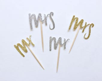 12 Mr and Mrs Gold or Silver Cupacake Toppers. Bridal Shower Decor. Wedding Decor. Engagement Party. Bachelorette Party. Cupcake Toppers.