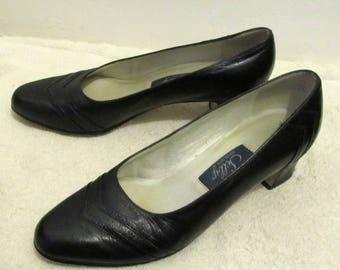 Women's Vintage 60's,Sophisticated Black,MAD MEN era Hi Heel PUMPS By Selby.8B