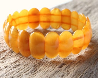 Antique butterscotch amber bracelet, real amber beads, amber jewelry, natural Baltic amber, egg yolk antique amber bracelet, nature bracelet