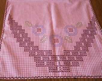 Bright Pink Gingham Table Runner With Chicken Scratch Embroidery  Handmade  Vintage