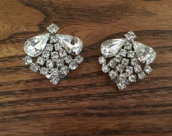Vintage Clear Crystal Rhinestone Earrings 0990