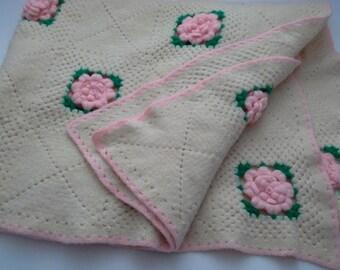 Vintage Baby Afghan, Rose Baby Afghan, Rose Baby Blanket, Vintage Baby Blanket, Floral Baby Blanket, Floral Baby Afghan, Pink Baby Throw