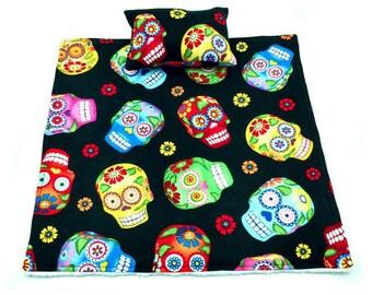 Red/green/yellow/blue/black skulls/sugar skulls blanket and pillows for reptile/beardie/bearded dragon/small pet/animal